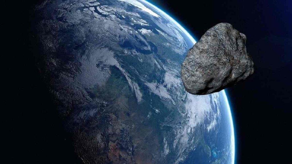 un asteroid se va apropia de pamant